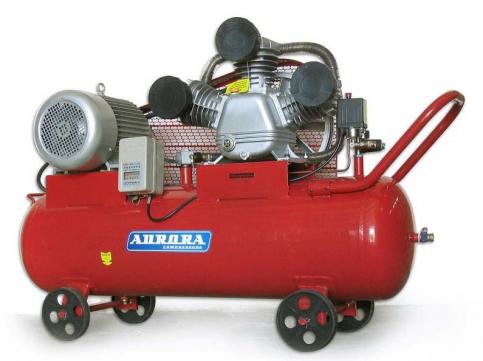 Купить мощный поршневой компрессор Aurora Tornado-135 в СПб
